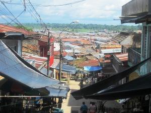 iquitos, râul văzut din piaţa şamanilor