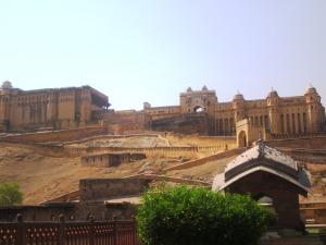 Fortul Amer, centrul de putere al maharajahilor locali