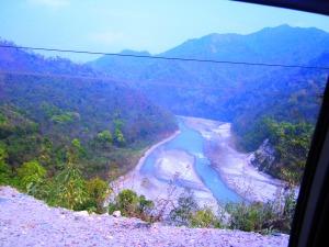 pe drum între Bagdoghra şi Ravangla